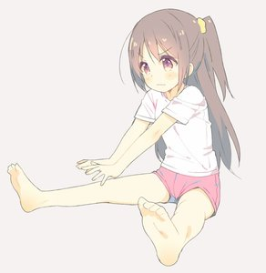 Rating: Safe Score: 1 Tags: 1girl annoyed barefoot brown_hair feet full_body long_hair meito original pink_eyes pink_shorts shirt short_shorts shorts side_ponytail simple_background sitting solo stretch t-shirt v-shaped_eyebrows wavy_mouth User: Domestic_Importer