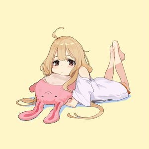 Rating: Safe Score: 0 Tags: 1girl ahoge bangs barefoot blonde_hair blush brown_eyes bunny closed_mouth expressionless feet feet_together futaba_anzu highres holding holding_stuffed_animal idolmaster idolmaster_cinderella_girls legs_up long_hair looking_at_viewer low_twintails lying messy_hair object_hug on_stomach oversized_clothes shirt short_sleeves shorts simple_background solo stuffed_animal stuffed_bunny stuffed_toy t-shirt twin_tails very_long_hair wide_sleeves yuu_(higashi_no_penguin) User: Domestic_Importer